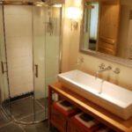La salle de douche du gîte Rosalie